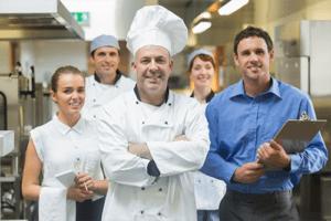 Equipe-de-cuisine formation hygiène animentaire